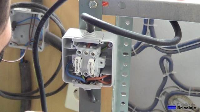 conexiones del interruptor de la mesa para la fresadora