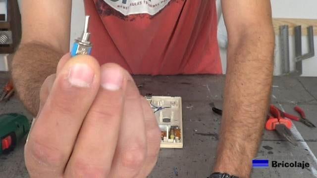 interruptor de palanca para anular el sonido del portero automático