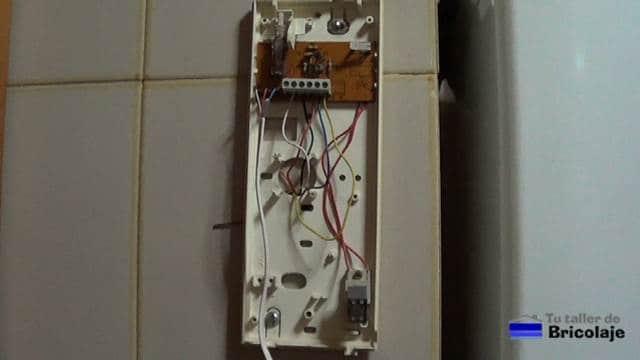 vista interior del telefonillo del portero eléctrico