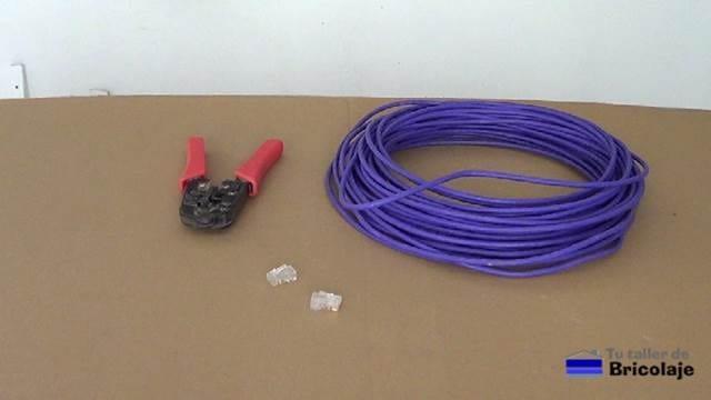 materiales y herramientas necesarias para hacer el cable de red cruzado