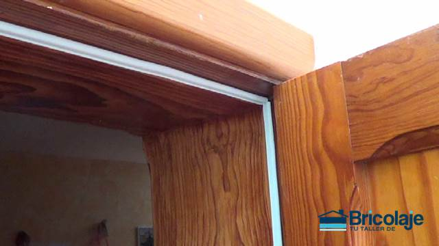 Como aislar una puerta trendy aislar ventanas es ideal for Aislar puerta entrada