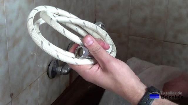 nueva manguera o flexo para la ducha