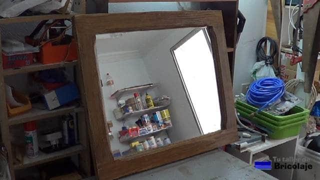Cómo convertir una ventana a espejo