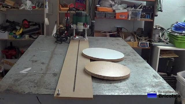 Cómo hacer cortes circulares con la fresadora o router