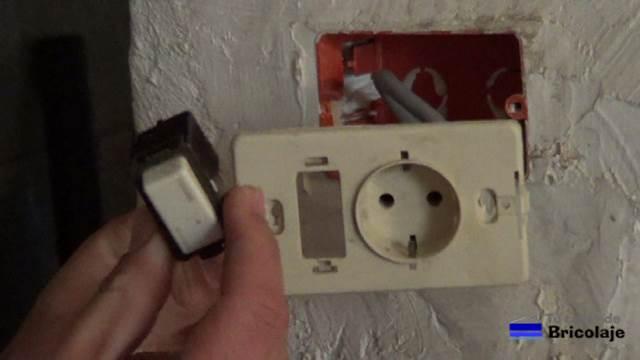 Cómo Colocar Un Enchufe Con Interruptor Tutallerdebricolaje Com