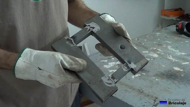 Cómo hacer una escopleadora casera usando un taladro de ...