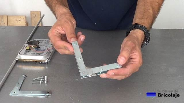 escuadra magnética casera para soldar hierro