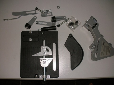 piezas que trae la caja para montar la tronzadora