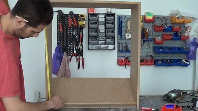 repartiendo el hueco para colocar de forma simétrica las baldas restantes