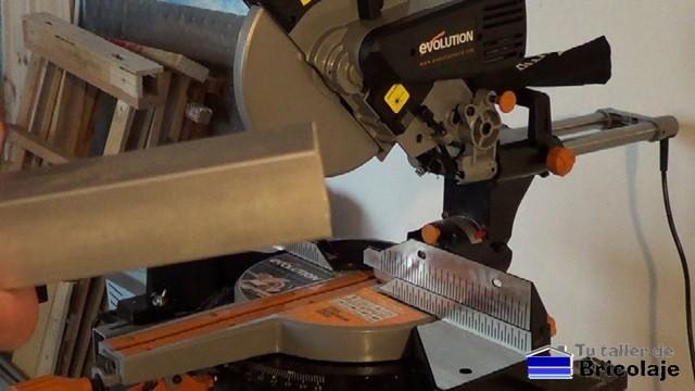 cortando hierro