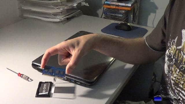 módulo de memoria ram a instalar en el portátil