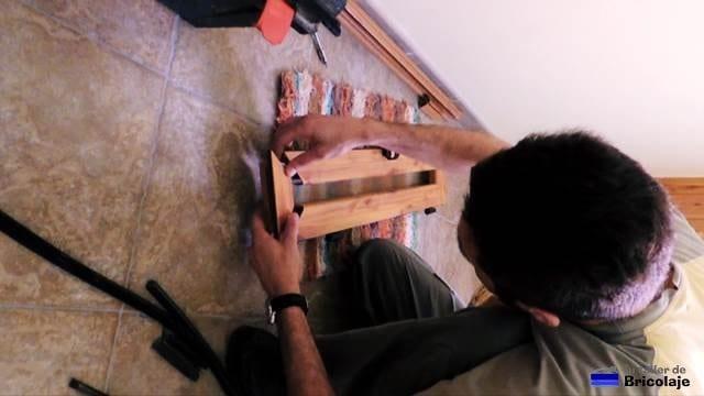 montando la ventana después de colocar el cristal