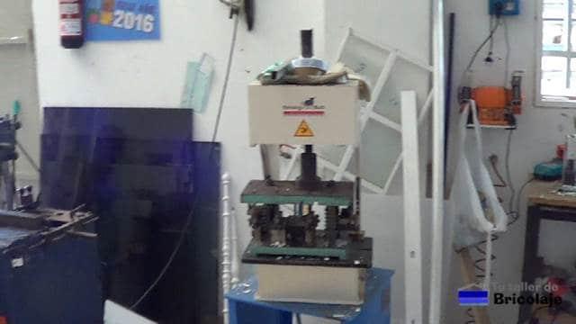 prensa neumática para matriz