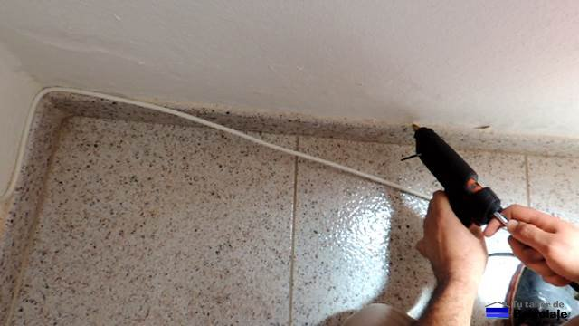 C mo instalar m s tomas de televisi n sin obras - Como aislar una pared ...