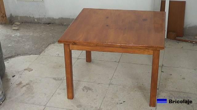 C mo hacer una mesa de centro plegable o elevable for Crear una cubierta de madera