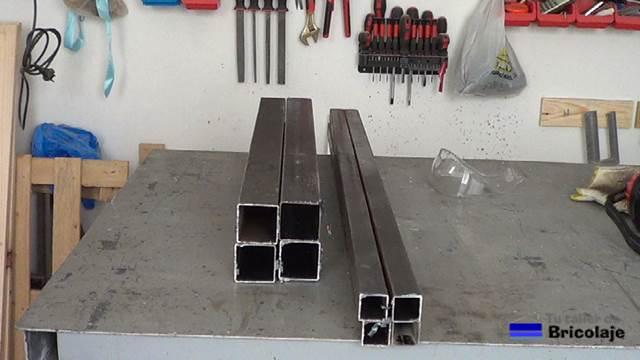 C mo hacer una mesa comedor de hierro y madera for Mesas de centro metalicas