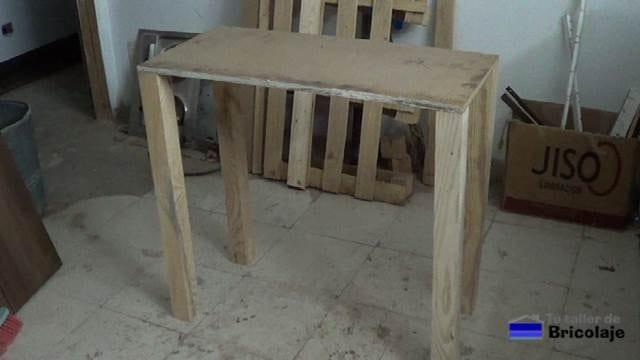 estructura de la mesa recibidor de palets