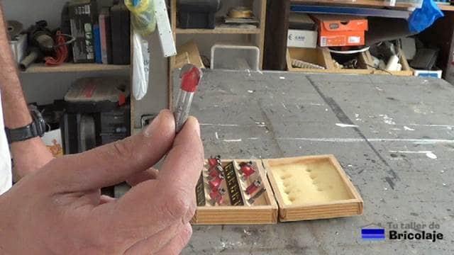 fresa de media caña para acanalar y realizar rotulados