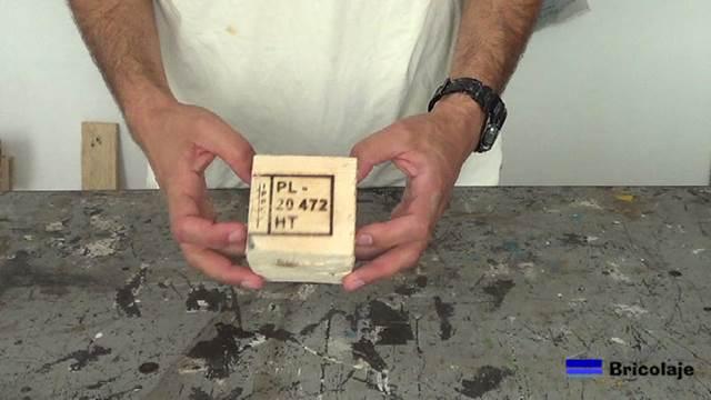 taco de madera que forma parte de un palet