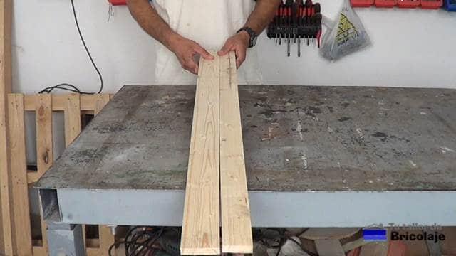 madera preparada para hacer el protector de esquinas