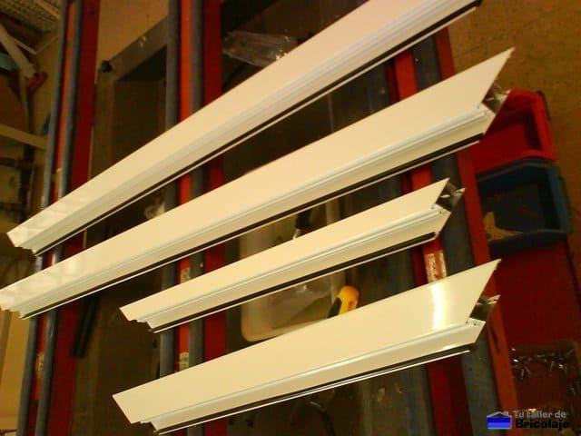 C mo se hace una puerta de aluminio para un altillo Puerta balcon aluminio medidas