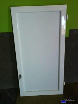 puerta de aluminio para altillo totalmente terminada