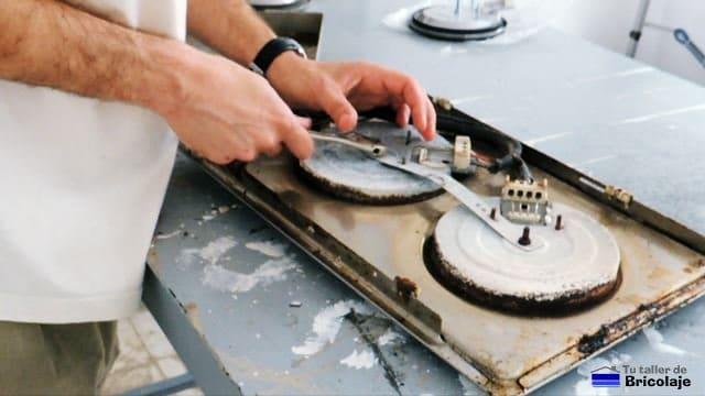 Como Reparar El Fogon O Quemador De Una Placa Electrica De Cocina