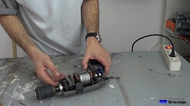 probando el taladro depués de colocar las escobillas o carboncillos