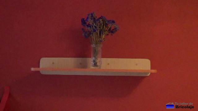 C mo hacer una repisa de madera flotante - Como hacer repisas de madera ...