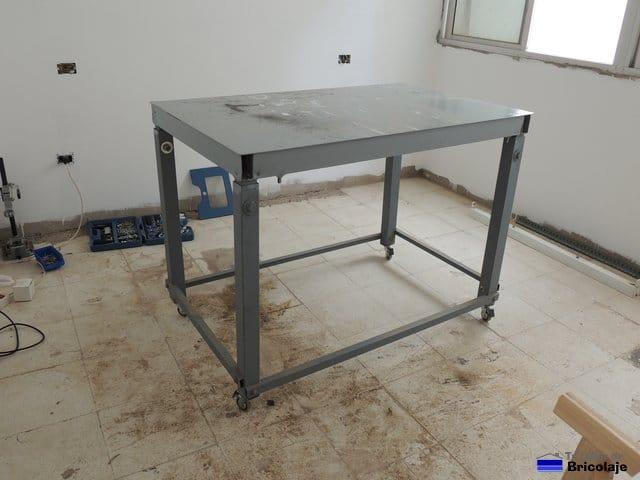 C mo colocar ruedas a una mesa de trabajo - Mesa de trabajo metalica ...