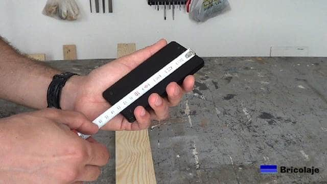 tomando la longitud del smartphone para personlizar el soporte al mismo
