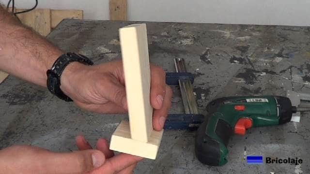 partes que forman el soporte para el smartphone