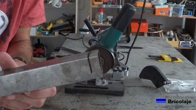 corte a medias en el cuadradillo de 35 x 35 mm