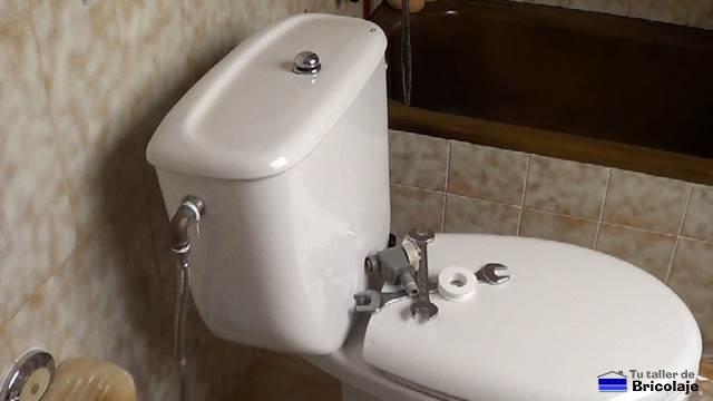 C mo sustituir la v lvula de llenado para inodoros for Como cambiar un inodoro