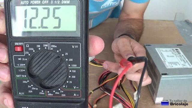 midiendo corriente contínua desde una fuente de pc