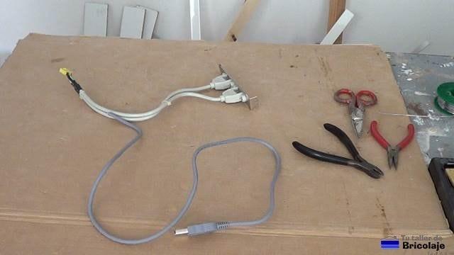 los cables que vamos a usar para hacer el cable usb macho hembra