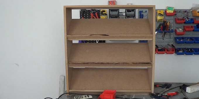 C mo hacer una zapatera de madera para ni os 1 2 for Como hacer una zapatera de madera sencilla