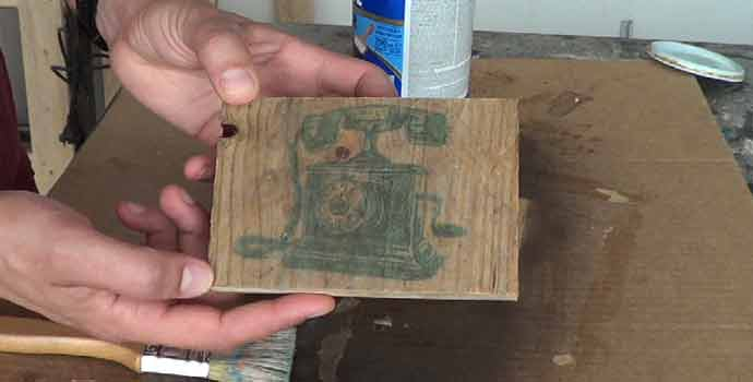 Cómo transferir una imagen a madera