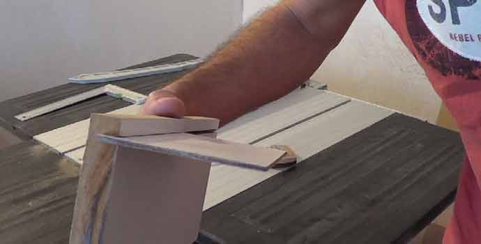Cómo hacer una plantilla para colocar fondo de cajones