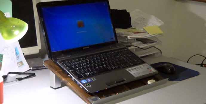 Cómo hacer un soporte para el portátil o netbook con palet y aluminio