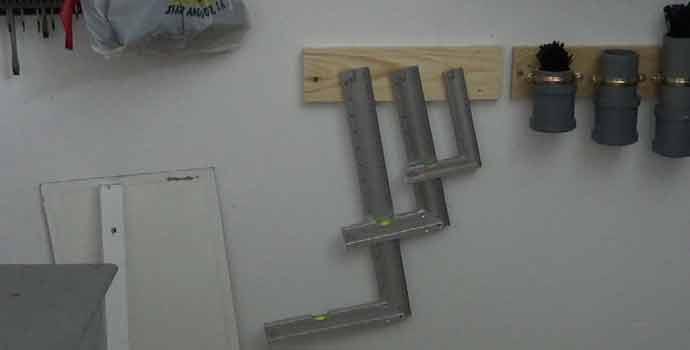 Cómo hacer un organizador de escuadras para madera