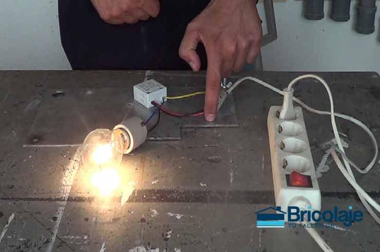 Interruptor táctil para lámpara