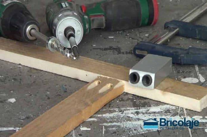 Cómo hacer agujeros ocultos en madera (pocket hole jig)