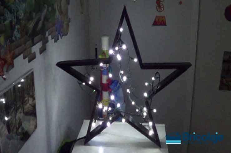 cómo hacer una estrella con palet y luces
