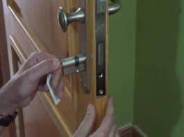 Cómo cambiar el bombín de la cerradura