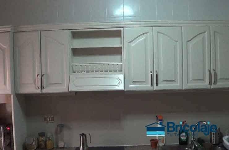 Cómo pintar azulejos en baño o cocina