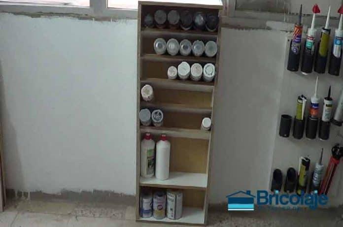Cómo hacer un organizador de botes de spray con material reciclado