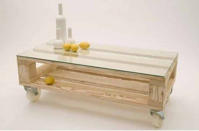 Muebles elaborados con palets reciclados