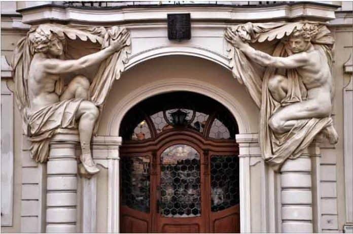 Cómo mantener en perfecto estado las puertas de nuestro portal