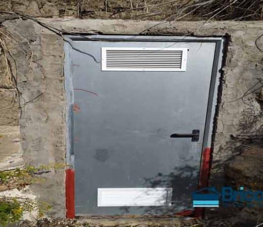 instalar rejilla ventilación a puertas galvanizadas
